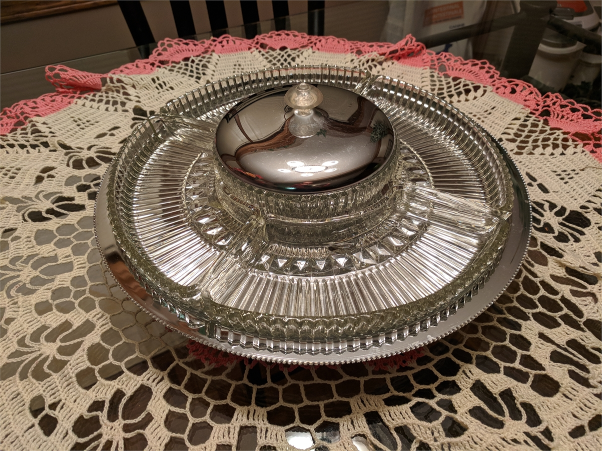 Vintage Retro Kromex 7Piece Glass & Chrome Lazy Susan Party Dish.  Mid 1950's (Calgary)