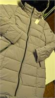 """Woman's size Small....""""Andrew Marc,""""..Winter coat..BRAND NEW"""